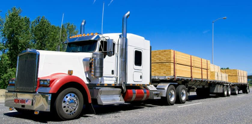 Dry Van Freight Vs Flatbed Truck Shipping